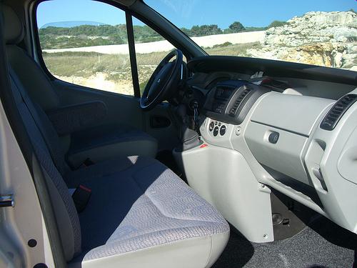 posto guida minivan