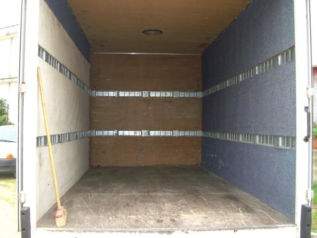 furgoni merce a lecce a noleggio