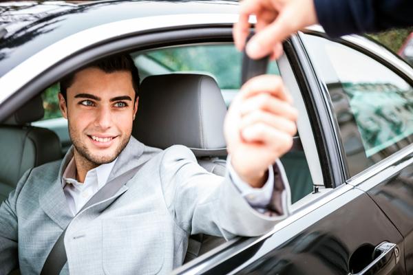 lecce servizio di autonoleggio con e senza conducente